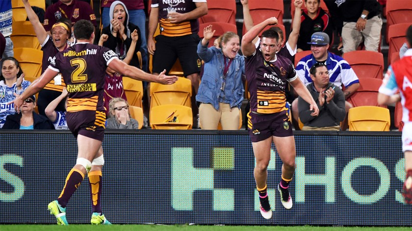 Tom Opacic celebrates a try against the Bulldogs.