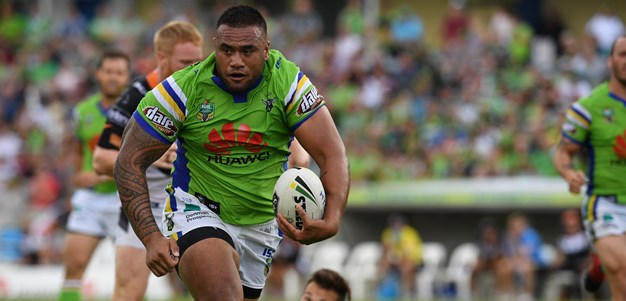 Raiders begin contract talks with Sezer and Paulo