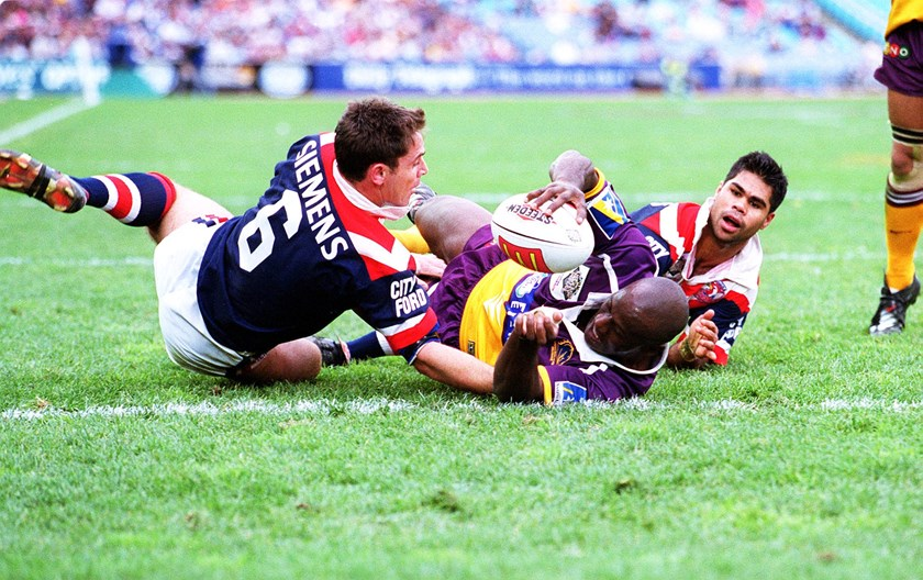 Wendell Sailor scores against the Roosters.