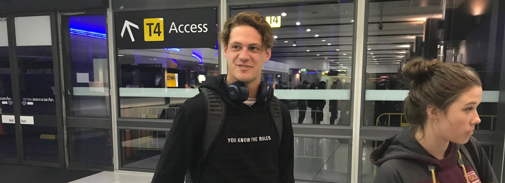 Rising star Kalyn Ponga arrives in Melbourne to join the Queensland squad after Billy Slater withdrew from Wednesday's series-opener.