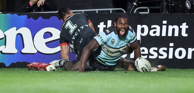 Controversial try gives Sharks late victory