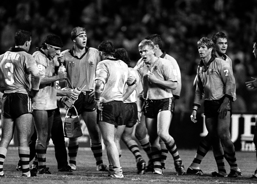The young NSW Blues of 1989 regroup after conceding a try.