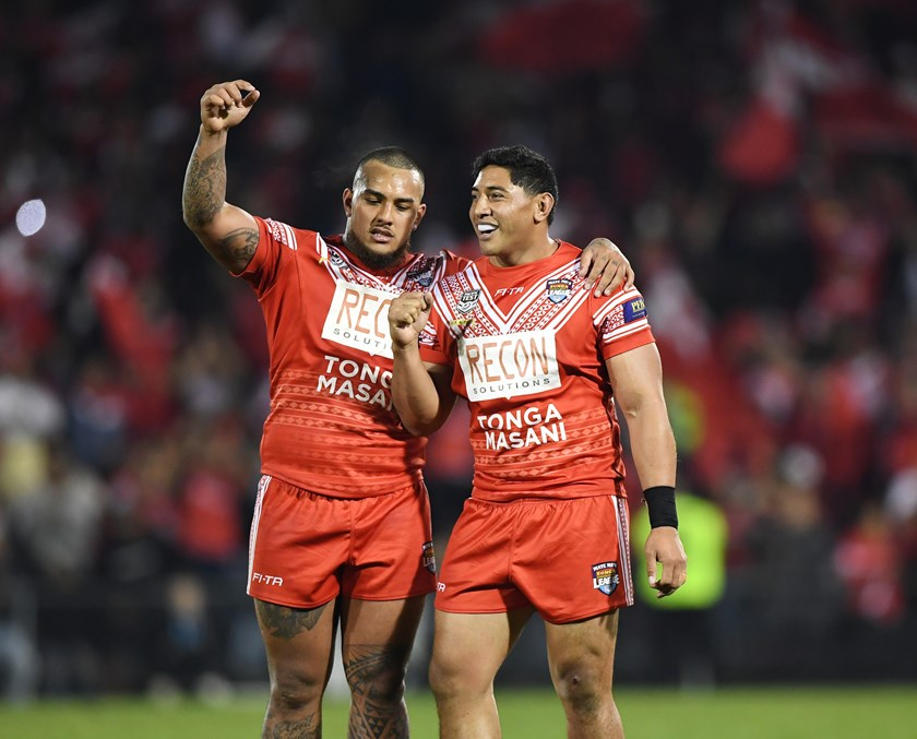 Addin Fonua-Blake (left) and Tongan teammate Jason Taumaulolo after beating Samoa in 2018.
