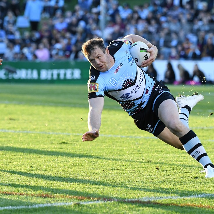 Morris set for fullback after Sharks reject bid to join Roosters