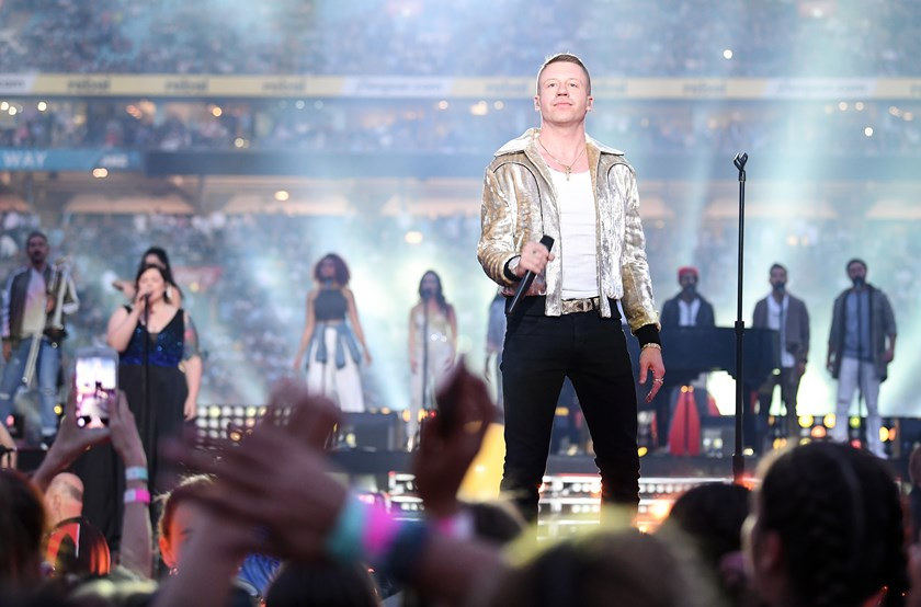 Macklemore at the 2017 grand final.