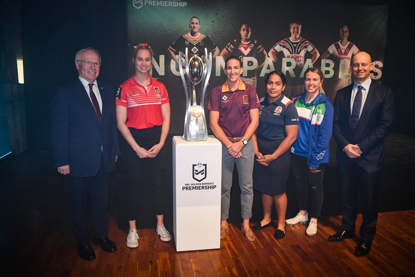 ARL Commission chairman Peter Beattie, Keze Apps, Ali Brigginshaw, Simaima Taufa, Georgia Hale and NRL CEO Todd Greenberg.