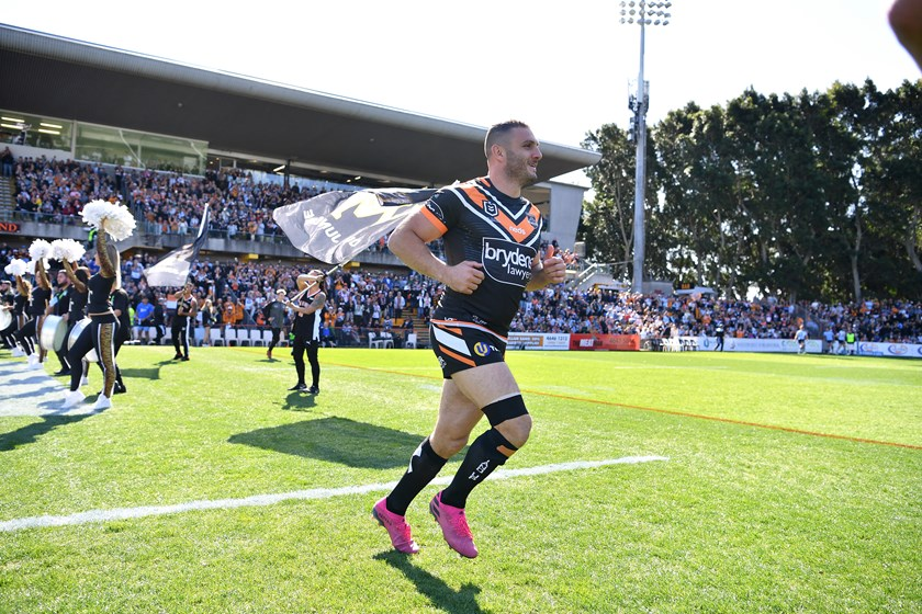Leichhardt Oval provided an electric atmosphere for Robbie Farah's farewell.