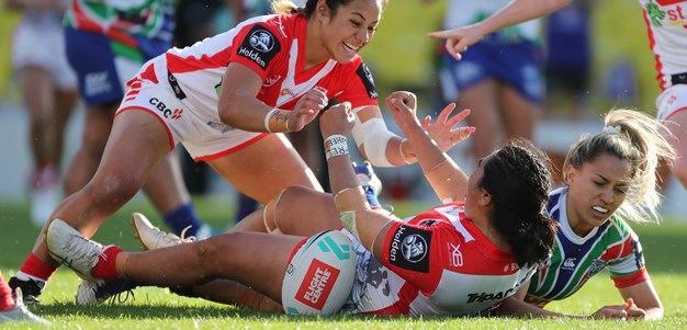 Dragons surge past Warriors to keep NRLW title hopes alive