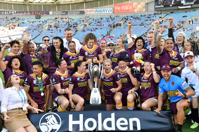The Broncos celebrate their NRLW 2019 premiership.