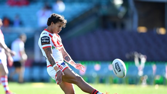 Selfless Sailor happy to wing it for Dragons