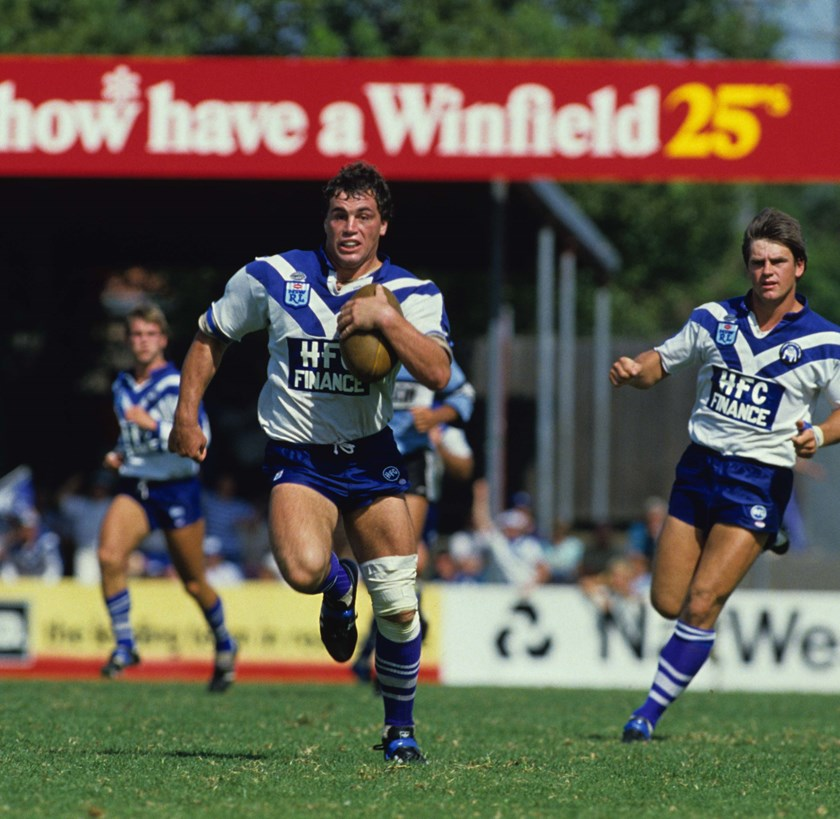 David Gillespie on the run for Canterbury at Belmore in 1986.