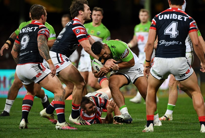Siliva Havili tries to burrow through the Roosters at the SCG.
