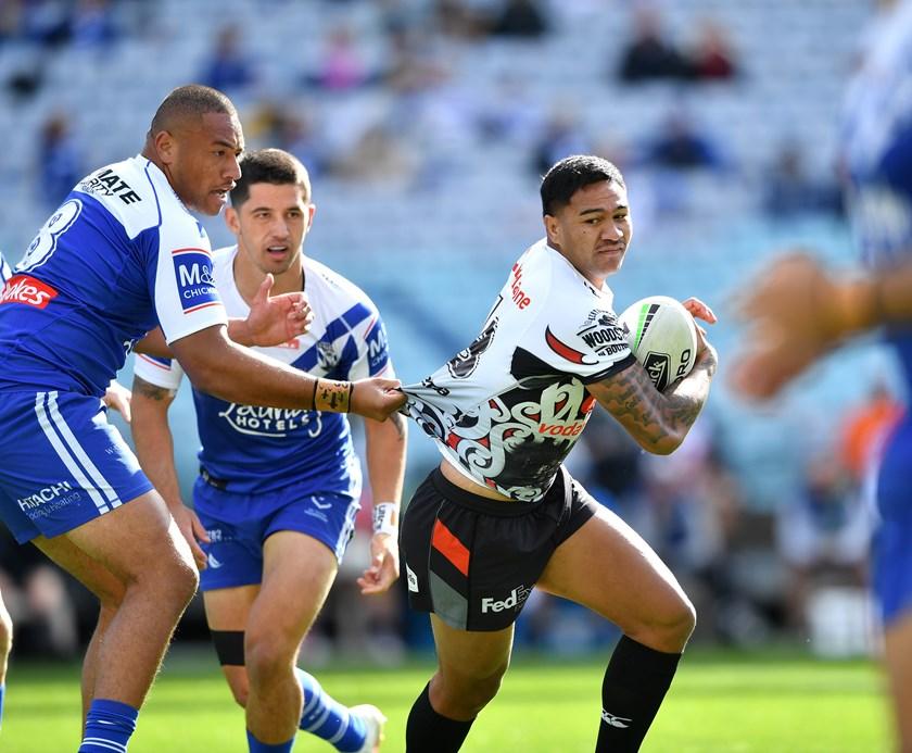 Paul Turner made his NRL debut for the Warriors against the Dogs.