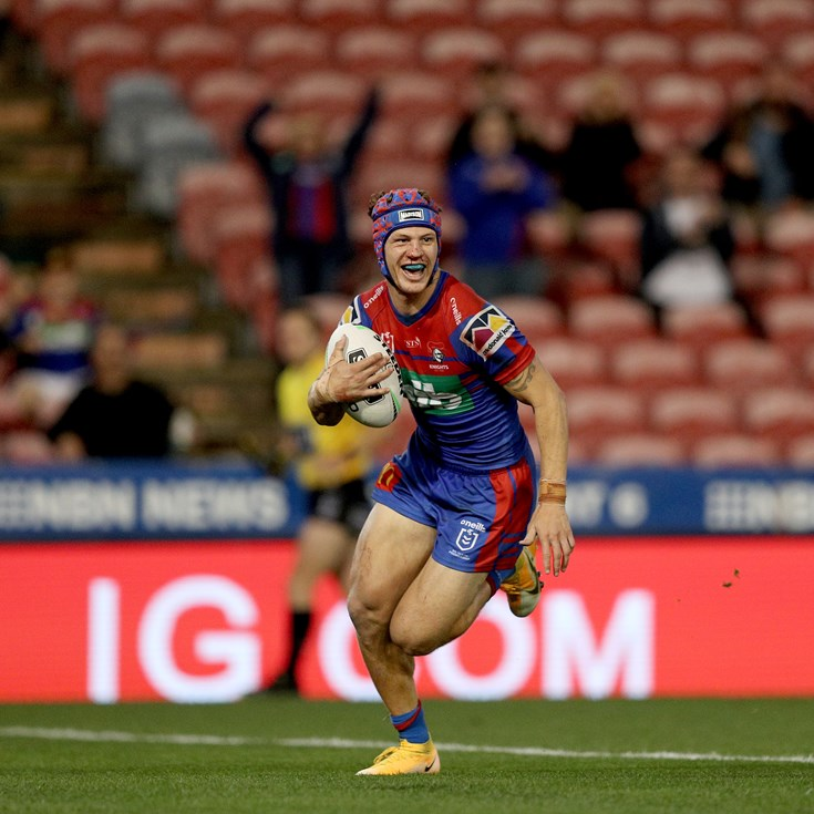 Busted nose, 'glint in the eye': Secret to Ponga's performance