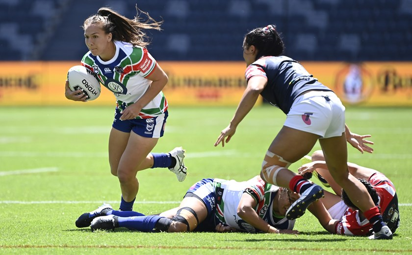 Evania Pelite on the run for the Warriors in 2020.