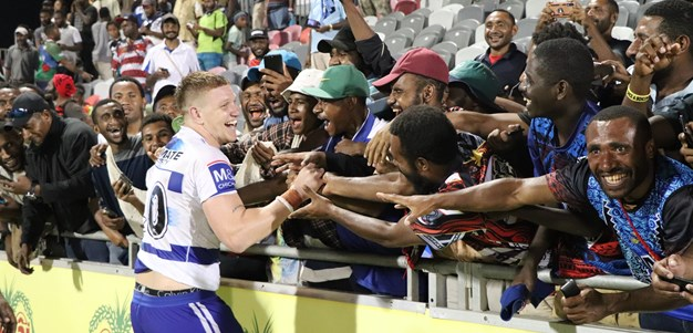 Bulldogs in awe of PNG's fanatical footy followers
