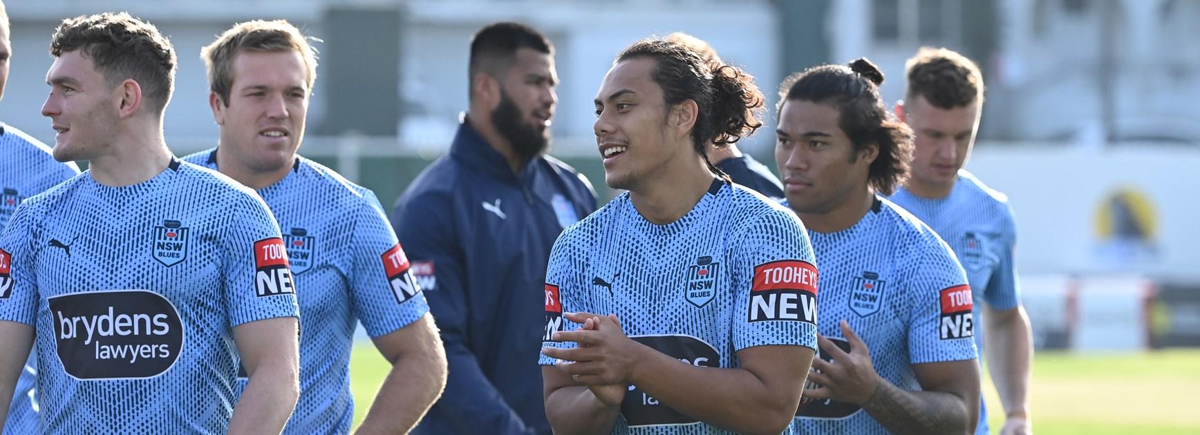 NSW Blues at training before Origin I.