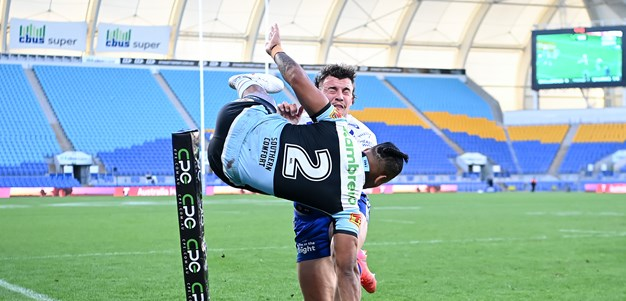 Sharks beat Bulldogs to surge into seventh