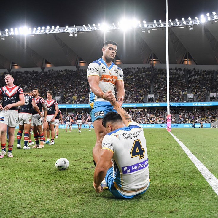 Shattered Titans rally around Herbert after failed last-ditch play