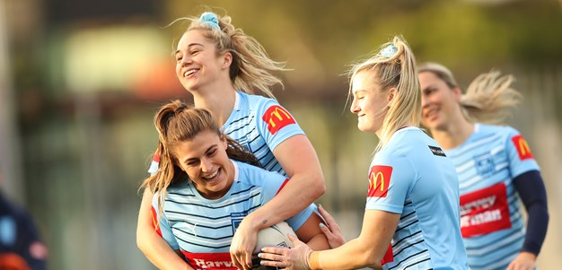 Wests Tigers' NRLW push heats up with Apps, Sergis signings