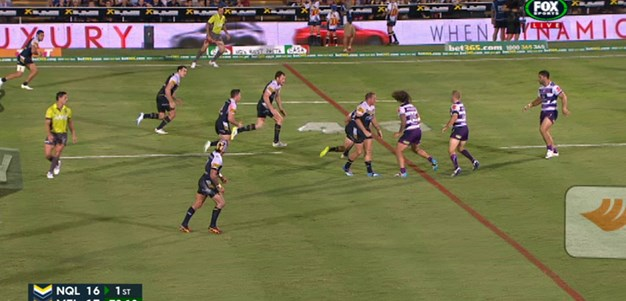 Rd 4: FIELD GOAL Johnathan Thurston (80th min)