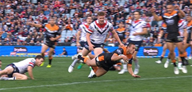 Full Match Replay: Wests Tigers v Sydney Roosters (1st Half) - Round 14, 2017