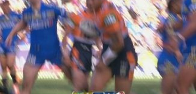 Rd 16: TRY Joey Leilua (30th min)