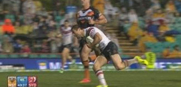 Rd 23: TRY Anthony Minichiello (50th min)