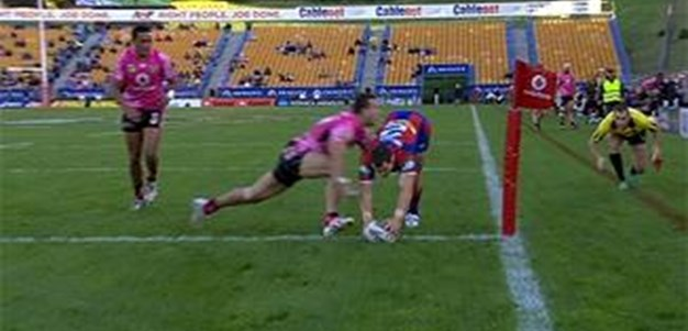 Full Match Replay: Warriors v Newcastle Knights (1st Half) - Round 11, 2013