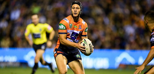 Seibold: We've got to put Ponga in a 'phone box'
