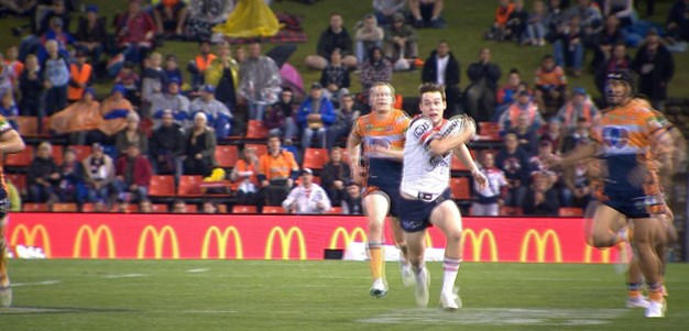Keary races away to put Roosters ahead