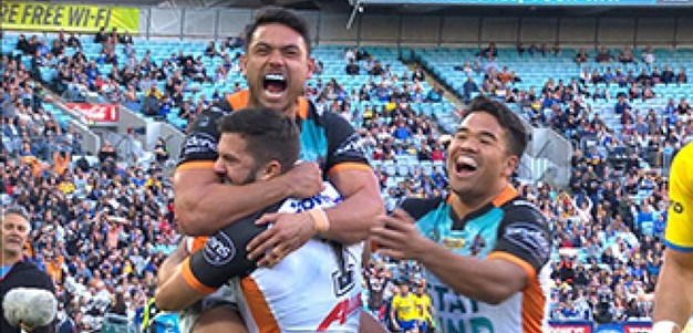 Full Match Replay: Wests Tigers v Parramatta Eels (1st Half) - Round 20, 2017