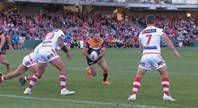 Seibold turns the heat up on Farah