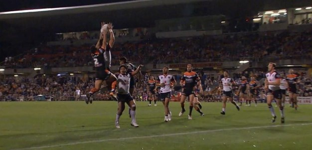 Rd 26: Tigers v Warriors - No Try 14th minute