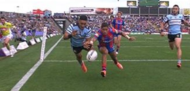 Full Match Replay: Newcastle Knights v Cronulla-Sutherland Sharks (1st Half) - Round 10, 2016