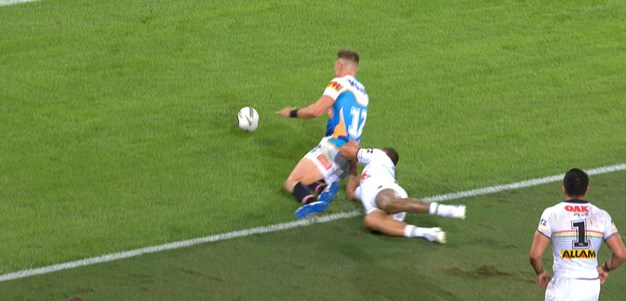Penalty try awarded to Bryce Cartwright