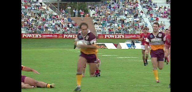Matterson scores one of the Broncos great team tries