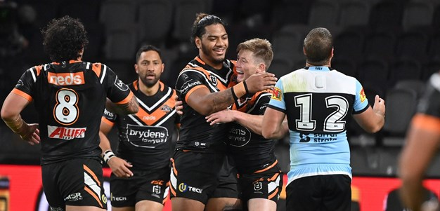 Match Highlights: Sharks v Wests Tigers