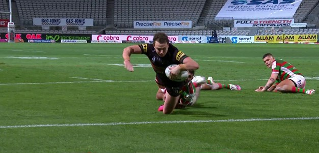 Edwards gives the Panthers a converted try buffer