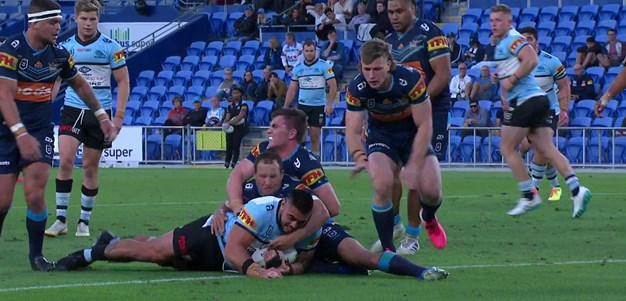 Hunt gets his first NRL try