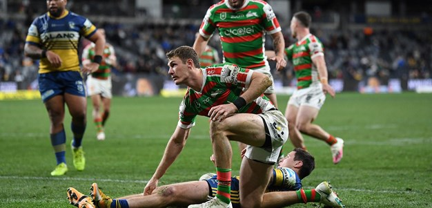 Campbell battles Johnston for try tally