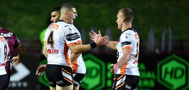 Relive the final moments of Sea Eagles v Wests Tigers