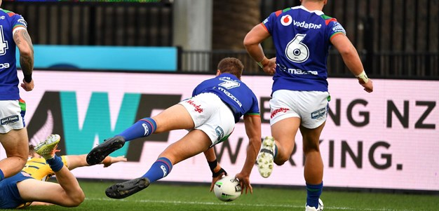Warriors conjure miracle try against the Eels