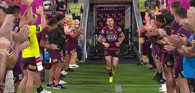 Broncos honour Darius Boyd before kick off