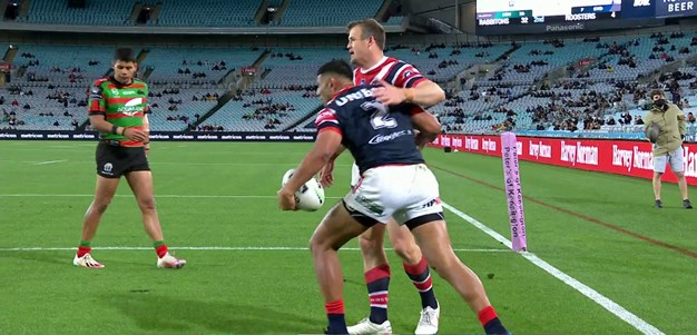 Keary kicks for Tupou off some second phase