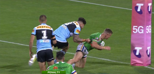 Wighton awarded try as Graham appears to call for a captain's challenge