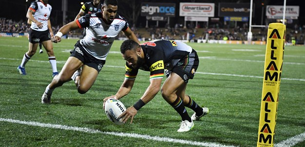 Luai puts a kick in for Phillips in traffic