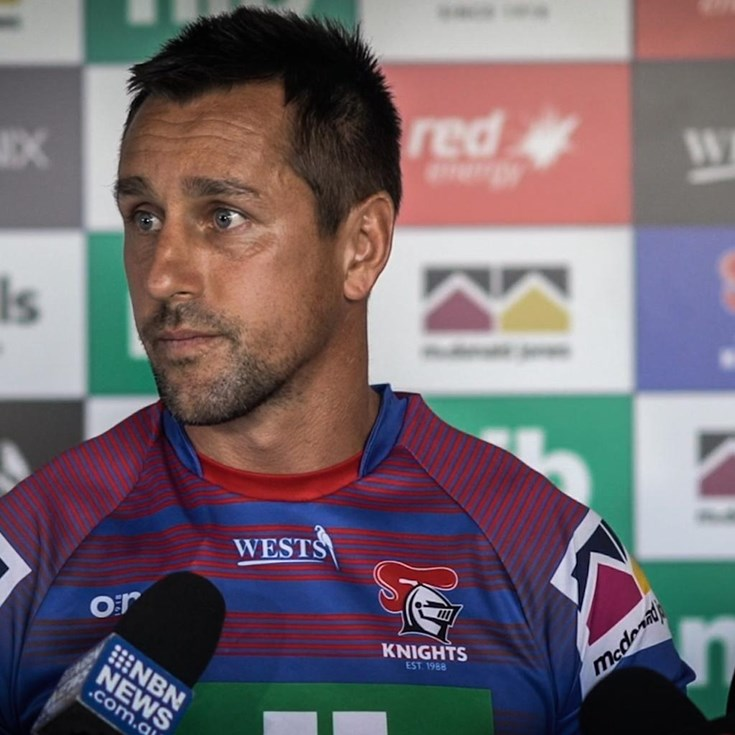 Pearce re-signs with the Knights