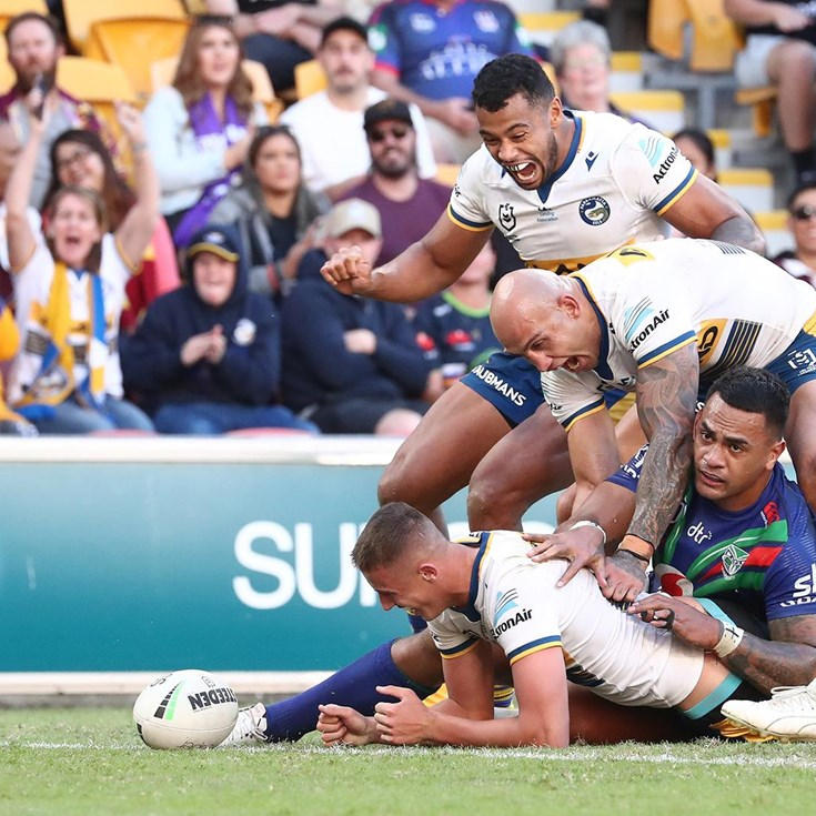 Arthur scores first NRL try to wrap up victory