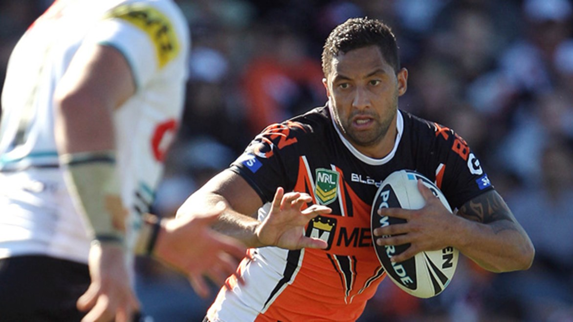 Wests Tigers coach Mick Potter knows the rugby league world is waiting for the star playmaker to display improved form.